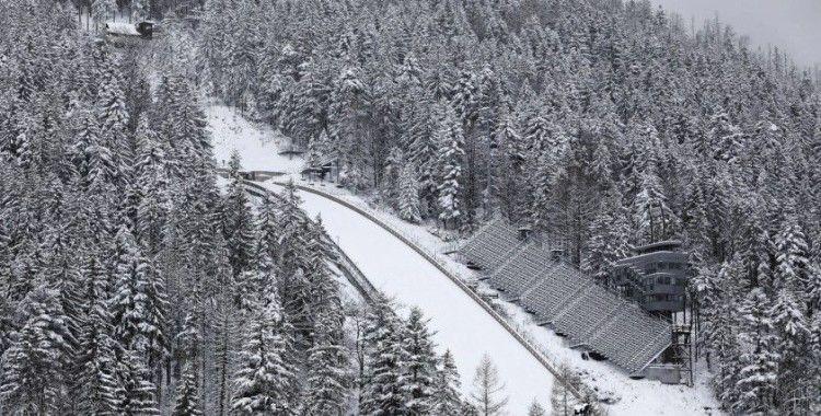 Kara kış Polonya ve Çekya'yı esir aldı