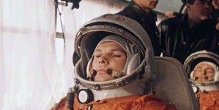 ABD'de yayınlanan Popular Mechanics dergisi: Gagarin bir başka ilke daha imza attı