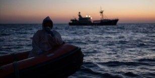 Tunus açıklarında batan teknede 1'i çocuk 41 düzensiz göçmen hayatını kaybetti