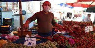 Nisan sonunda yaz meyveleri bollaşıp fiyatları düşecek