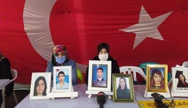 Evlat nöbeti tutan ailelerden Cengiz Aygün'e teşekkür