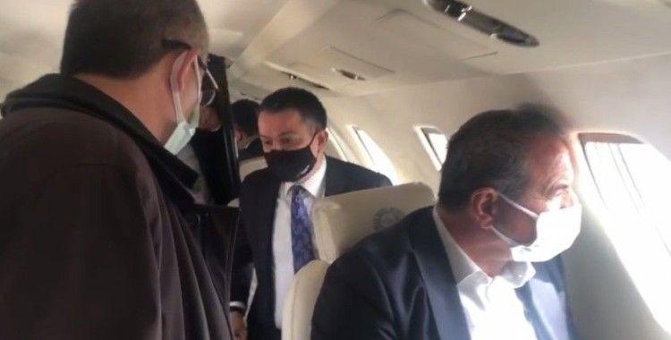 Bakan Pakdemirli'nin arızalanan uçağı Malatya'ya acil iniş yaptı