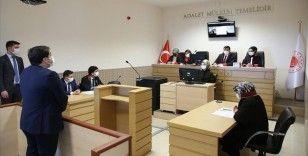 Hakim ve savcı adayları 'kurgusal duruşma' yaparak bilgilerini pratiğe dönüştürüyor
