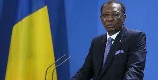 Cephe hattındaki çatışmada hayatını kaybeden Çad Cumhurbaşkanı için ülkede 14 gün yas ilan edildi