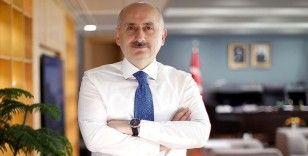 Bakan Karaismailoğlu: Salgın sürecinde havalimanlarında 73 milyon yolcuya hizmet verildi