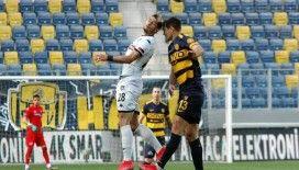 Süper Lig: MKE Ankaragücü: 1 - Y. Denizlispor: 1 (İlk yarı)