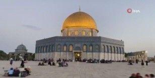 Kudüs halkı Mescid-i Aksa avlusunda iftar açtı