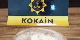 Çanakkale'de piyasa değeri 200 bin liralık kokain ele geçirildi