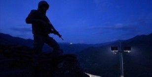 Barış Pınarı bölgesine taciz atışı yapan 4 PKK/YPG'li terörist etkisiz hale getirildi
