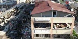 Bağcılar'da ambalaj fabrikasındaki patlama kamerada