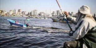 İsrail, Gazze'de avlanma menzilini 9 mile düşürdü