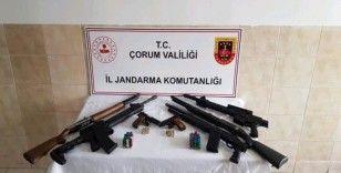 Jandarma silah kaçakçılarına göz açtırmıyor