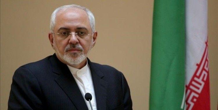 İran'da muhafazakar gazeteler ses kaydı sızdırılan Dışişleri Bakanı Zarif'i hedef aldı