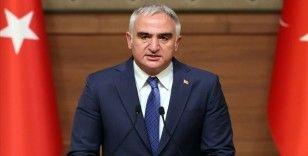 Bakan Ersoy: Geçen seneye kıyaslandığında Türkiye'nin turizm hizmetleri çok daha konforlu ve sağlıklı şekilde sunulacak