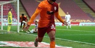 Emre Akbaba'nın ligdeki 4. golü