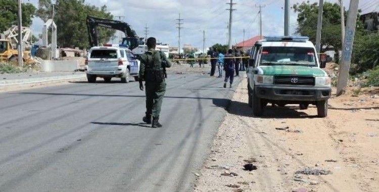 Mogadişu'da bomba yüklü araçla saldırı: 3 ölü