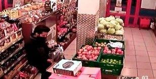 Marketten aldığı ürünleri bırakıp gözüne kestirdiği tost makinesini çaldı
