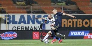 Süper Lig: Alanyaspor: 0 - Fenerbahçe: 0 (İlk yarı)