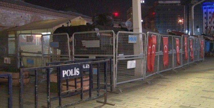 Taksim Meydanı ve Gezi Parkı'nda 1 Mayıs İşçi Bayramı öncesi polis barikatı