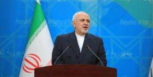 İran Dışişleri Bakanı Zarif, Yemen'deki krizin siyasi yollarla çözülebileceğini söyledi