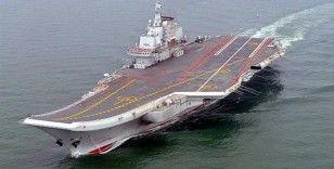 Çin'e ait uçak gemisi Liaoning, Japonya'nın güneyindeki adaların arasından geçti