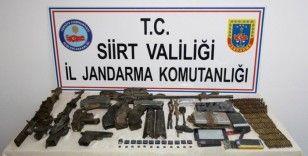 Siirt'te PKK'lı teröristlere ait çok sayı mühimmat ele geçirildi