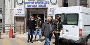 İzmir depremiyle ilgili 3 şüpheli tutuklandı