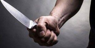 Eşini mesaj atarak taciz eden kişiyi 10 yerinden bıçakladı