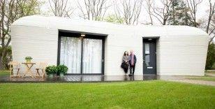 Hollandalı çift, Avrupa'nın tamamen 3D baskılı ilk evine taşındı