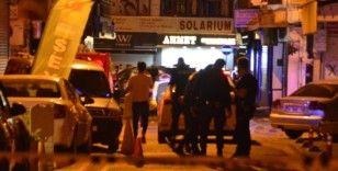 Kâğıthane'de silahlı kavga: 2'si ağır 3 yaralı