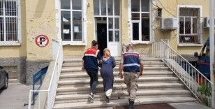 FETÖ terör örgütü üyesi kadın tutuklandı