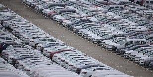 Otomobil ve hafif ticari araç satışları nisanda yüzde 132,4 arttı
