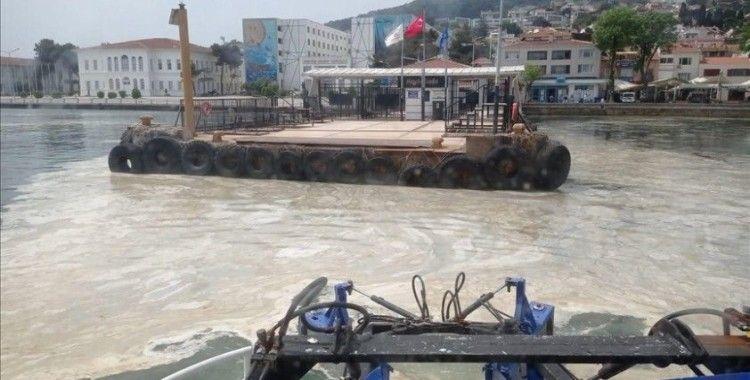 Marmara'daki deniz salyasına karşı ortak mücadele yürütülüyor