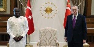 Gine Bissau Büyükelçisi Mane, Cumhurbaşkanı Erdoğan'a güven mektubu sundu