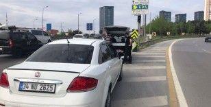 İstanbul'da trafikte tehlike saçan 10 sürücüye 17 bin 508 TL ceza