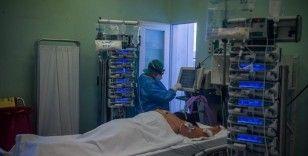 Almanya'da son 24 saatte koronavirüsten 285 ölüm