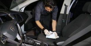 Kovalamaca sonucu yakalanan otomobildeki maske kutusundan uyuşturucu çıktı
