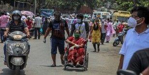 Hindistan'da vaka ve can kaybı sayısında yeni rekor