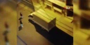Esenyurt'ta pompalı tüfekli ve sopalı komşu kavgası