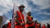 Atina halkı, İşçi Bayramı'nı gecikmeli kutladı