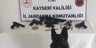 Jandarmadan silah kaçakçılığı operasyonu: 9 gözaltı