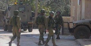 Batı Şeria'da İsrail güçlerinin açtığı ateşle 2 Filistinli hayatını kaybetti