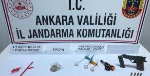 Başkent'te iki ayrı uyuşturucu operasyonu