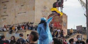 Kolombiyadan, Arjantin Devlet Başkanı Fernandez'in açıklamalarına kınama