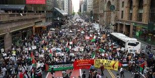 New York'taki İsrail Başkonsolosluğu önünde Filistin'e destek protestosu
