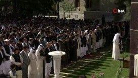 """Afganistan halkından bayram namazında """"savaşa son verin"""" mesajı"""