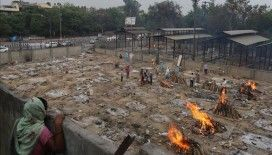 Hindistan'da son 24 saatte Kovid-19'dan 4 bin kişi hayatını kaybetti
