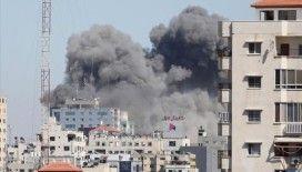İsrail ordusu, AP ile Al-Jazeera'nın ofisinin de olduğu binayı yerle bir etti