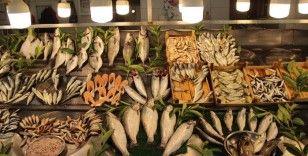 Hamsinin kilosu 50, istavrit 40 liradan satılıyor