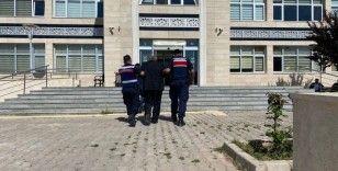 21 yıl hapis cezası bulunan firari şahıs noterde işlem yaparken yakalandı